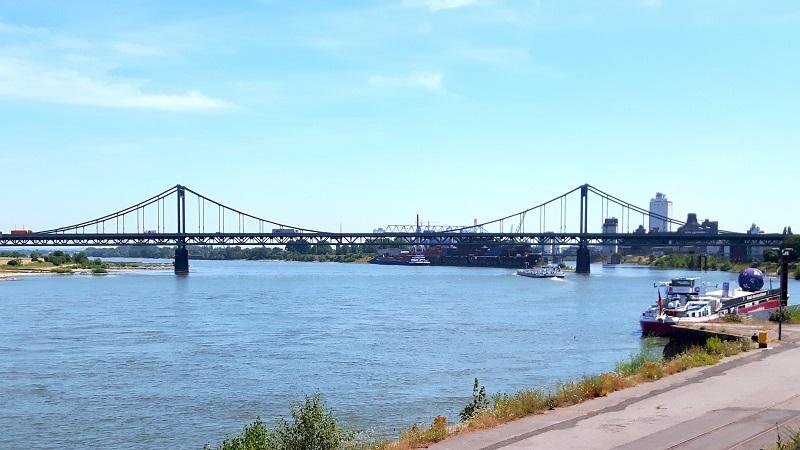 Rheinbrücke Uerdingen Foto: ADFC Dinslaken-Voerde