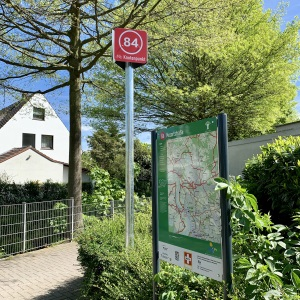 Ein neues Knotenpunkt-System bietet leichte Orientierung für Radtouren an Rhein und Ruhr. Foto: Stadt Dinslaken